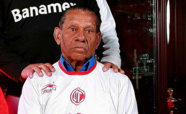 Falleció Amaury Epaminondas, histórico goleador con el Toluca