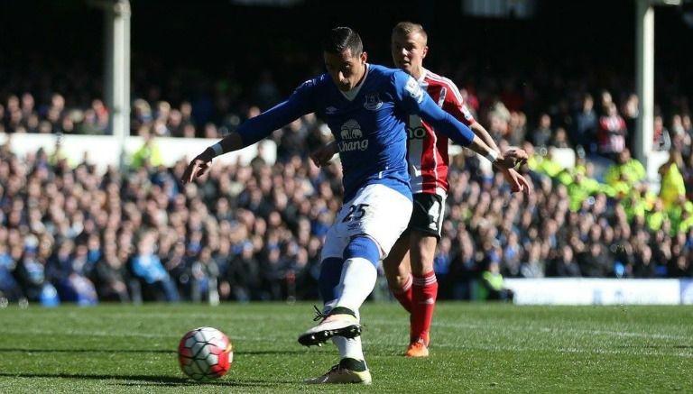 Funes Mori recibe amenazas de muerte tras lesionar a jugador del Liverpool