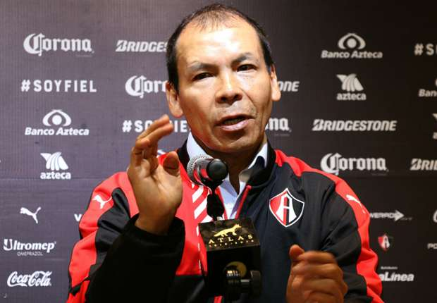 Atlas presentó al 'Profe' Cruz como su nuevo técnico