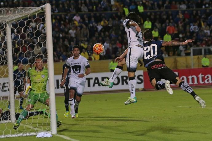 Obtiene Pumas una derrota «barata» de 2-1 en su visita al Independiente del Valle