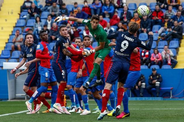 Le ponen 'kriptonita' al Atlético y pierde 2-1 en su visita al Levante