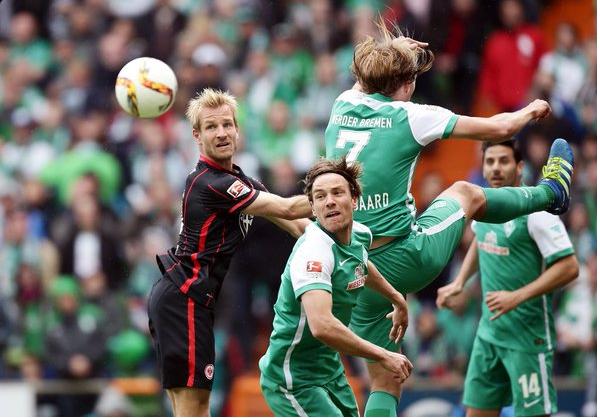 Fabián y Frankfurt cerca de descender de la Bundesliga