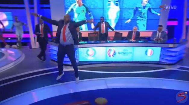 La loca y cómica celebración de McCarthy con el gol de Éder