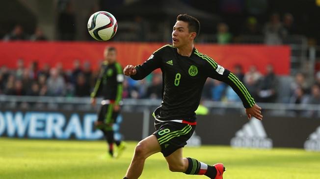 'Chucky' Lozano, Manchester United y Pachuca siguen negociando