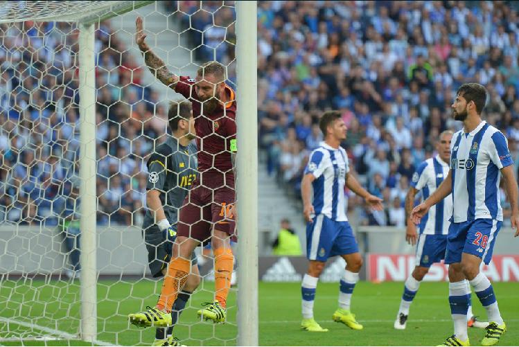 FC Porto y sus mexicanos podrían quedar fuera de la Champions League