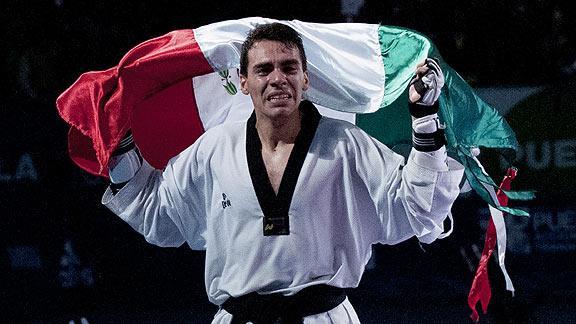 '#No mam…' Truena taekwondoín con gente que no hace ejercicio y exige medallas