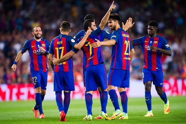 El Barcelona gana su 12va Supercopa de España aplastando al Sevilla