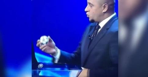[VÍDEO] Roberto Carlos pone en evidencia el amaño en el sorteo de Champions League