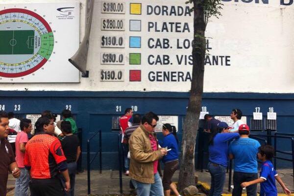 La Máquina se puso en oferta para el duelo ante Toluca, tras cruzazuleada en casa
