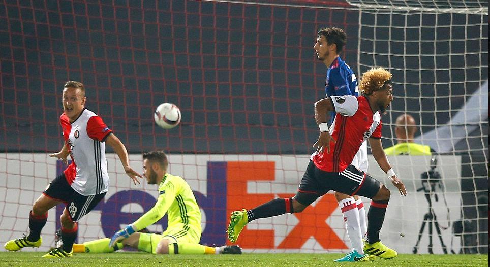 Mourinho y el Manchester United inician con derrota en la Europa League