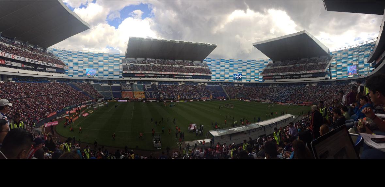 """Despierta la """"nación chiva"""" y hace un 'entradón' en Puebla."""