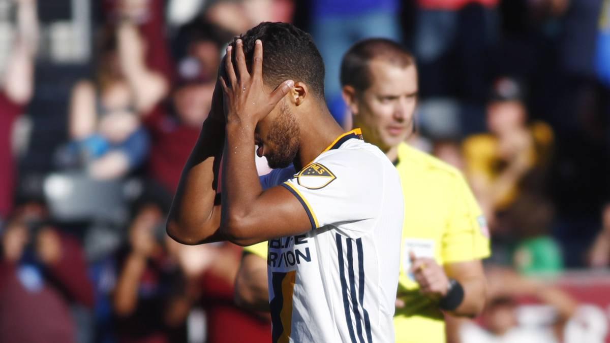 Así falló Gio dos Santos en la eliminación del Galaxy en serie de penaltis (video)