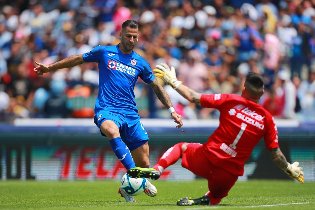 Edgar Méndez seguiría en Cruz Azul de cara al Clausura 2020