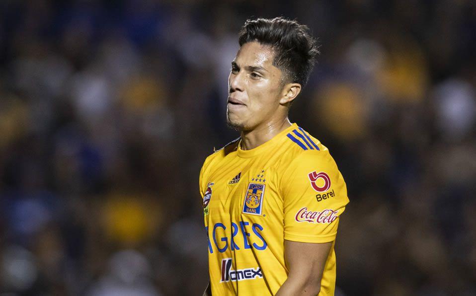 Carlos Salcedo desconoció su exclusión en el debut de Tigres
