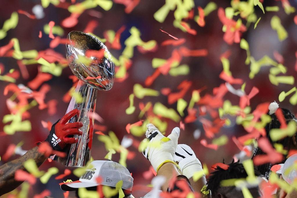 Kansas City Chiefs ganan su primer Superbowl en 50 años tras vencer a San Francisco 49ers 31-20