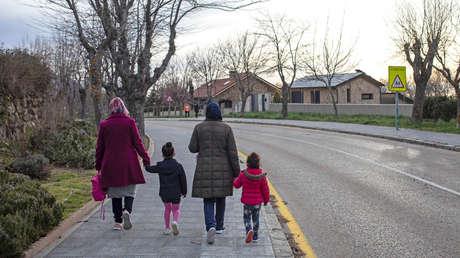 En España los niños menores de 14 años podrían salir a las calles a partir de este domingo