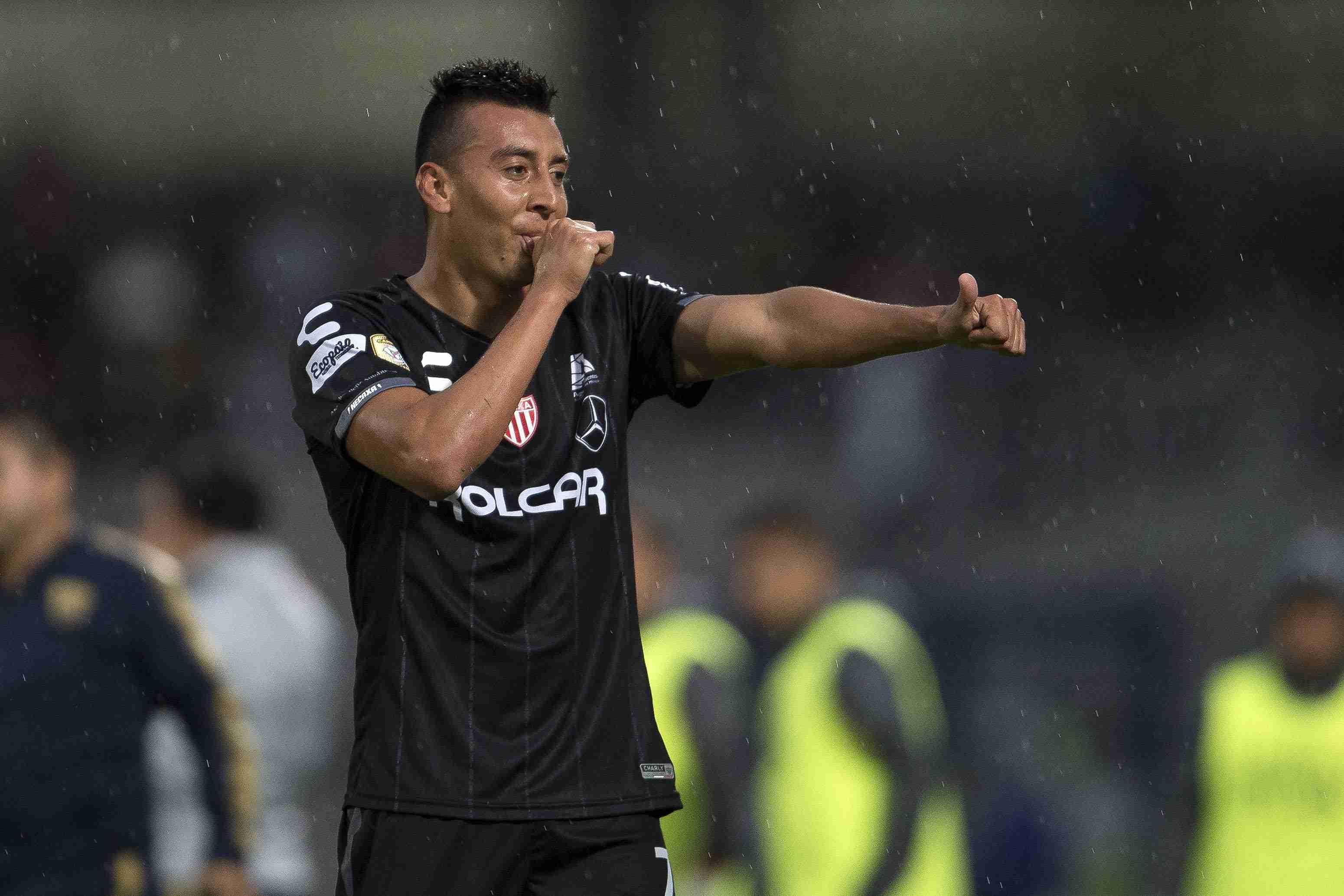 Daniel Álvarez aceptó que le gustaría jugar en Chivas