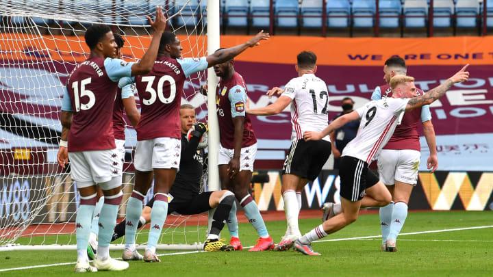 Anulan gol legítimo al Sheffield en el regreso de la Premier League