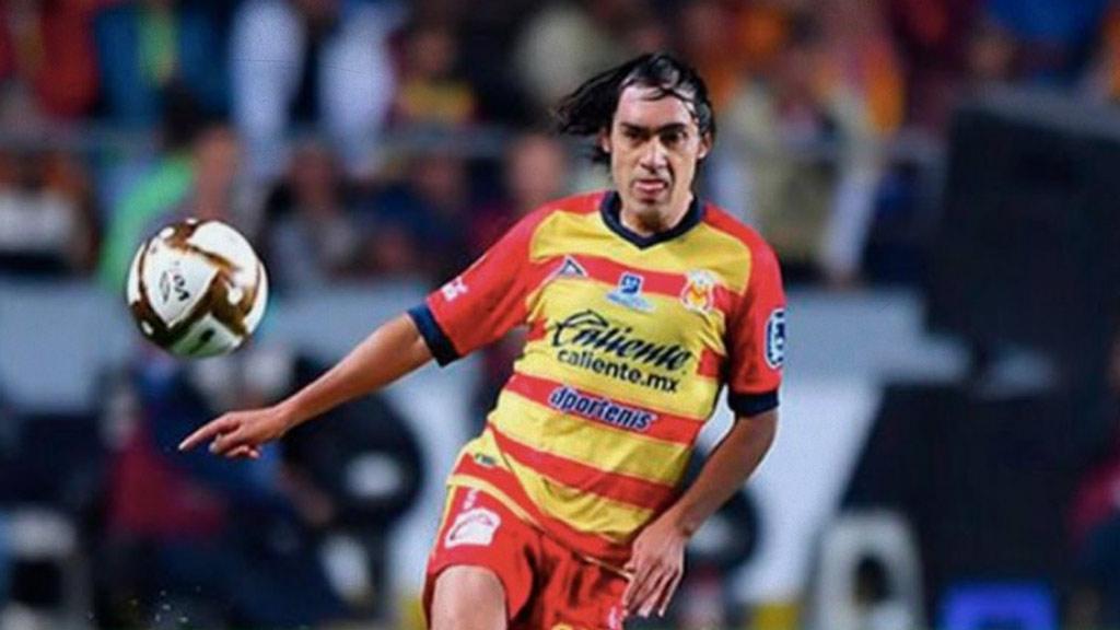 ''Shaggy'' Martínez no descarta jugar en Chivas