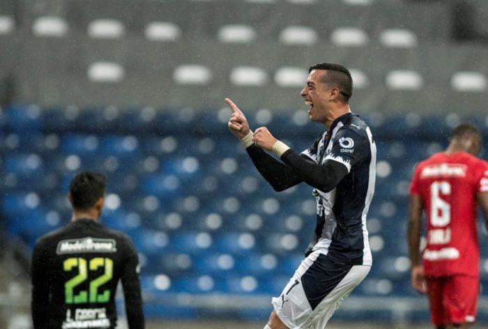 Rogelio Funes Mori habría renovado contrato cuatro años más con Rayados