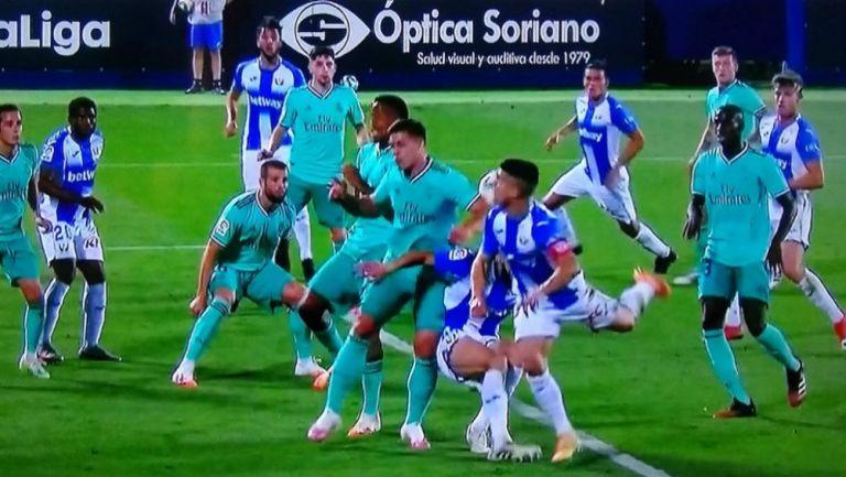 La polémica mano de Jovic que pudo salvar al Leganés y causa controversia a nivel mundial (VIDEO)