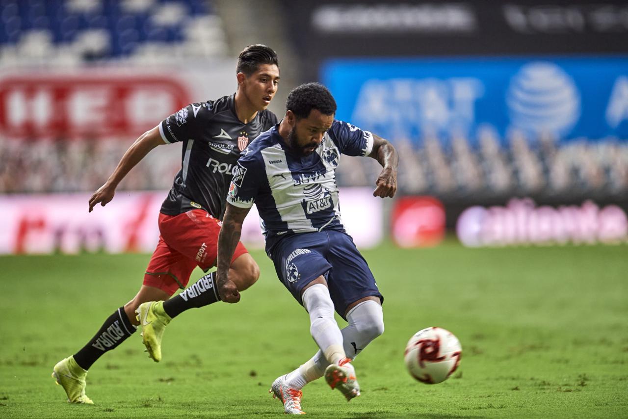 Rescata Necaxa valioso empate ante Rayados