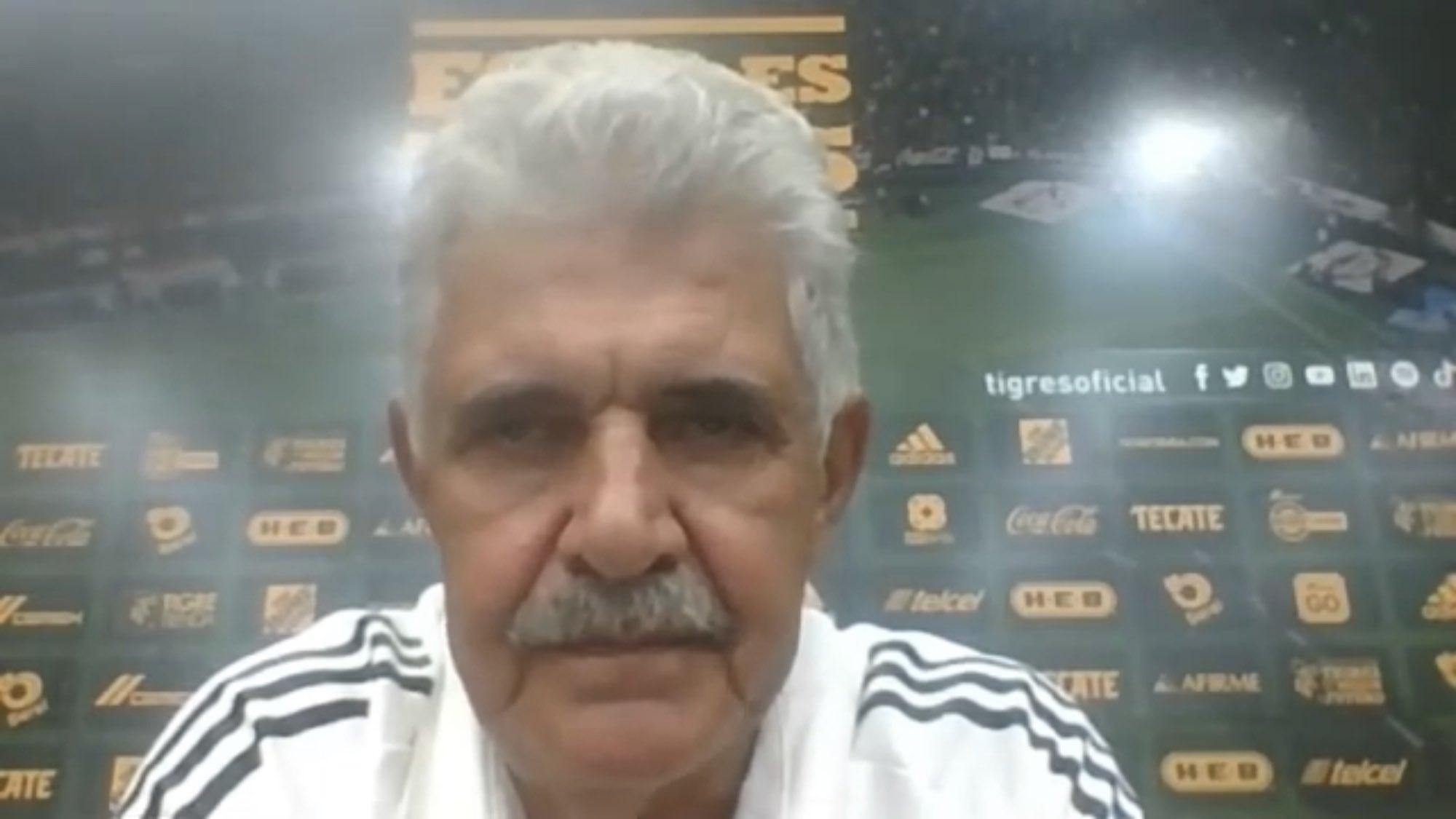 Ricardo Ferretti señalado en redes sociales tras derrota de Tigres ante Chivas