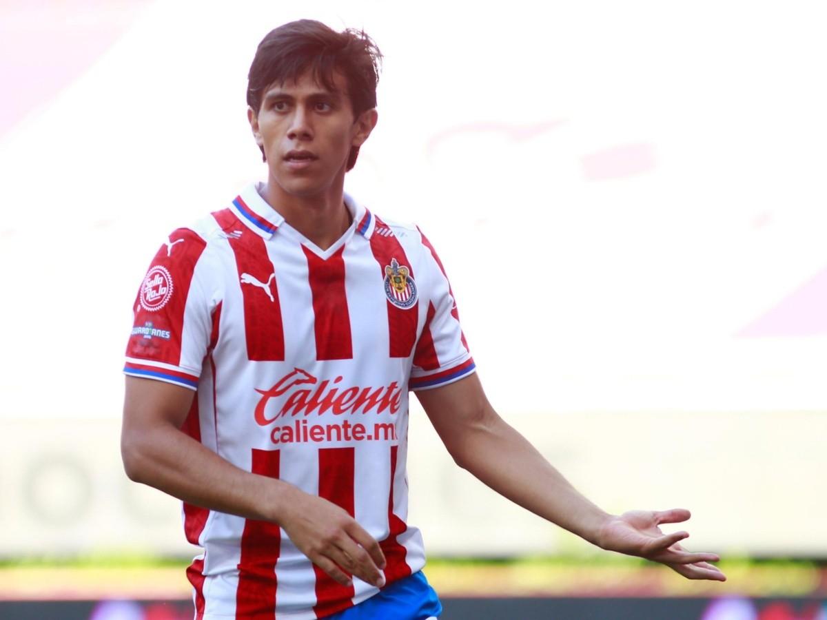 José Juan Macías molesto con Chivas por pedirle a la Selección Mexicana que no lo convoquen