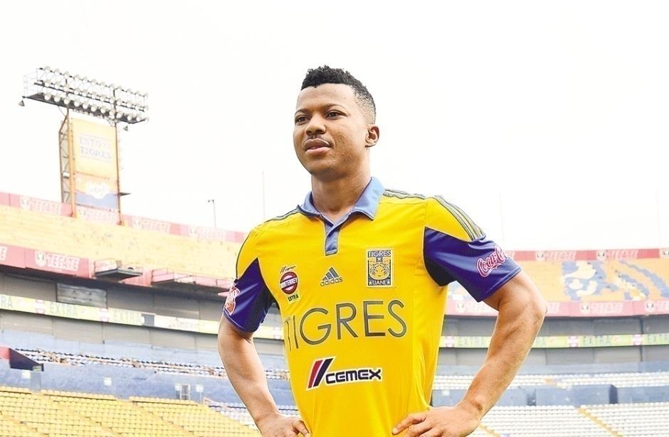 Ikechukwu Uche vuelve a demandar a Tigres