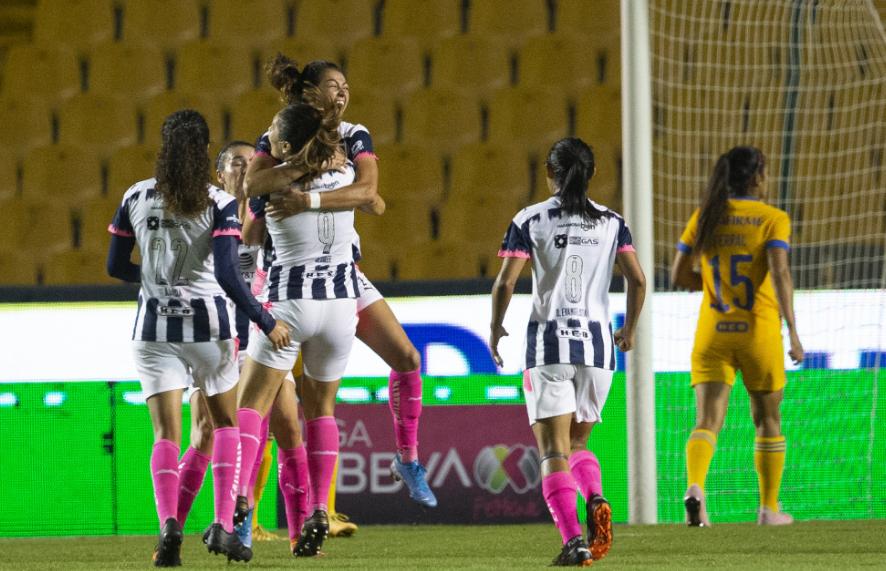 Saca Rayadas batalloso triunfo sobre Tigres Femenil