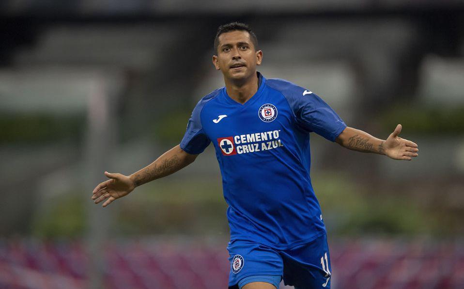Chivas buscaría fichaje de Elías Hernández