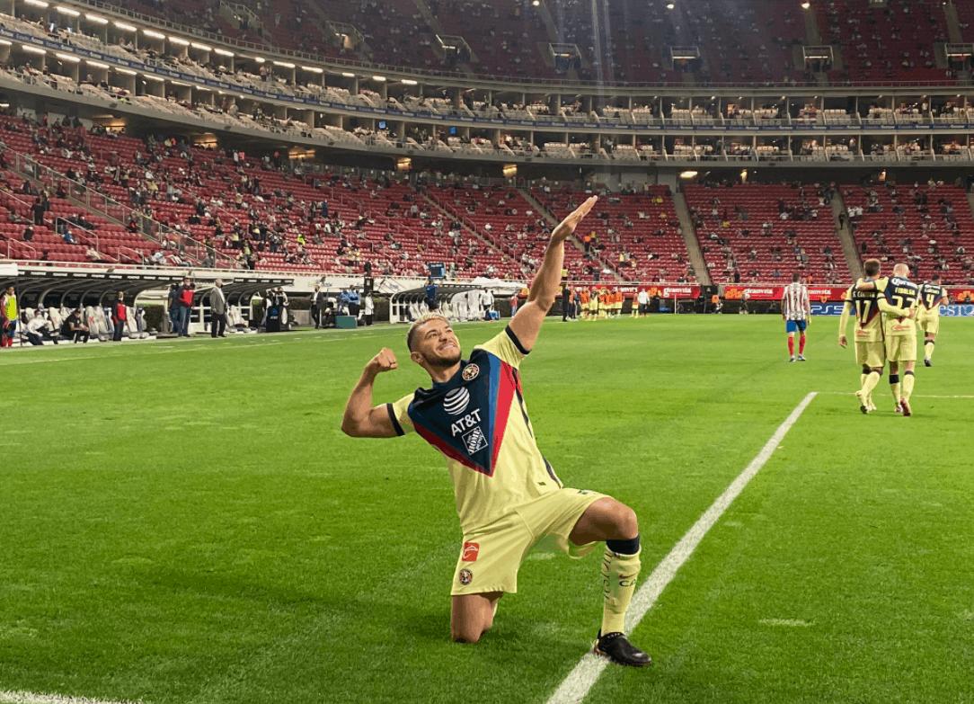 La indirecta de Henry Martín a Antonio Briseño tras goleada del América 0-3 ante Chivas