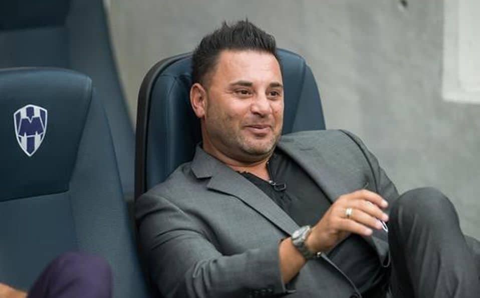 Antonio Mohamed es candidato a llegar a Chivas