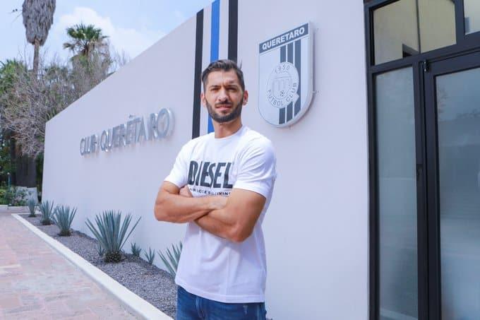 Nico Sánchez se le cae a Querétaro