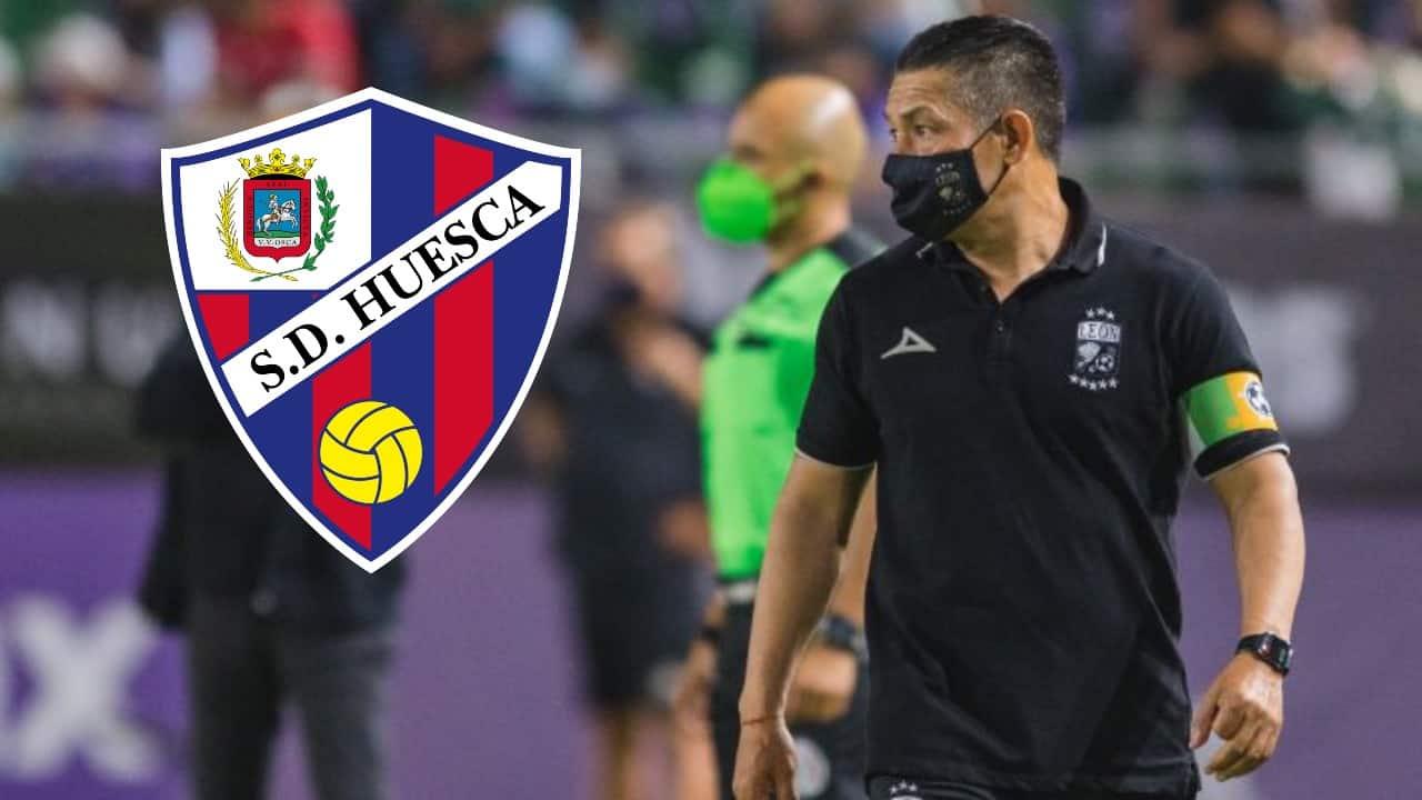 'Nacho' Ambriz firma con Huesca