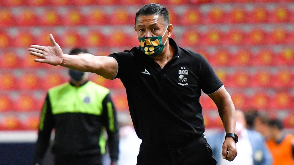 Ignacio Ambriz sería técnico de Costa Rica