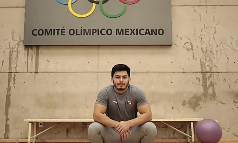 Atleta mexicano se despojó de su cubrebocas durante ceremonia de inauguración