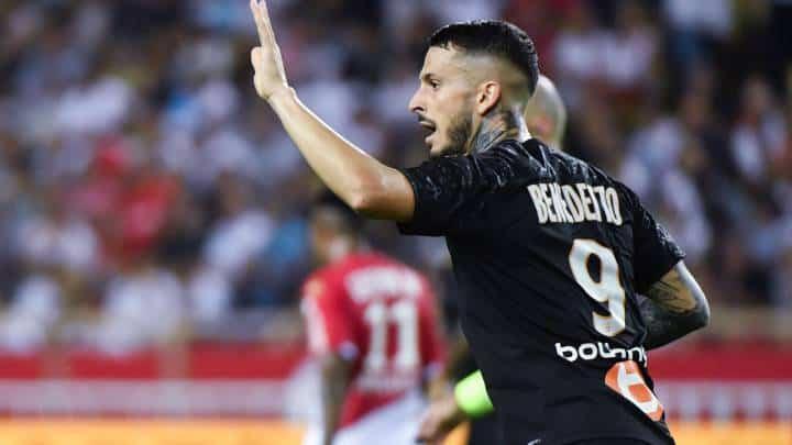 Darío Benedetto estaría cerca de llegar al Real Betis