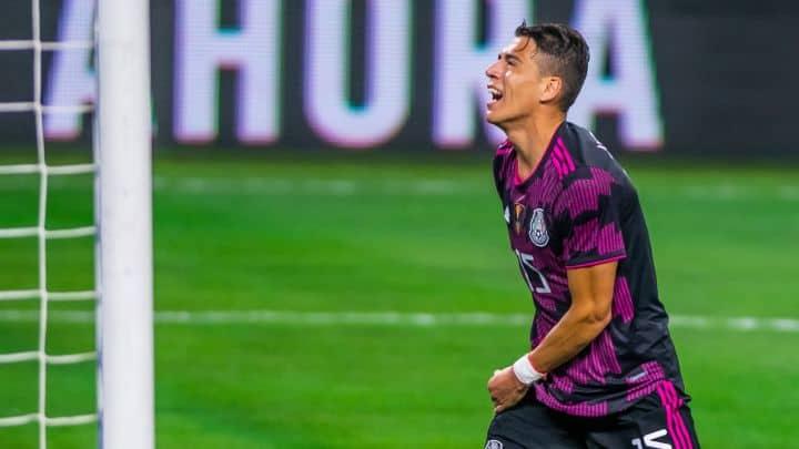 Héctor Moreno, baja para Rayados por lo menos 10 días más