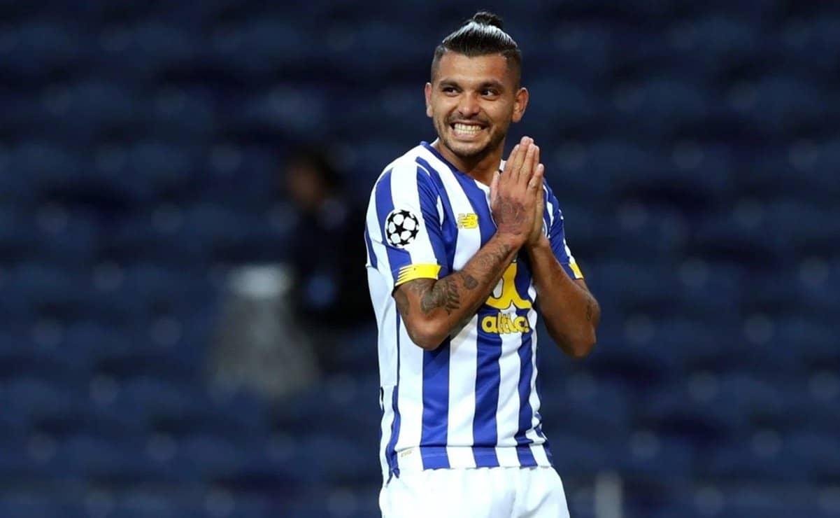 Jesús ''Tecatito'' Corona seguirá en el FC Porto