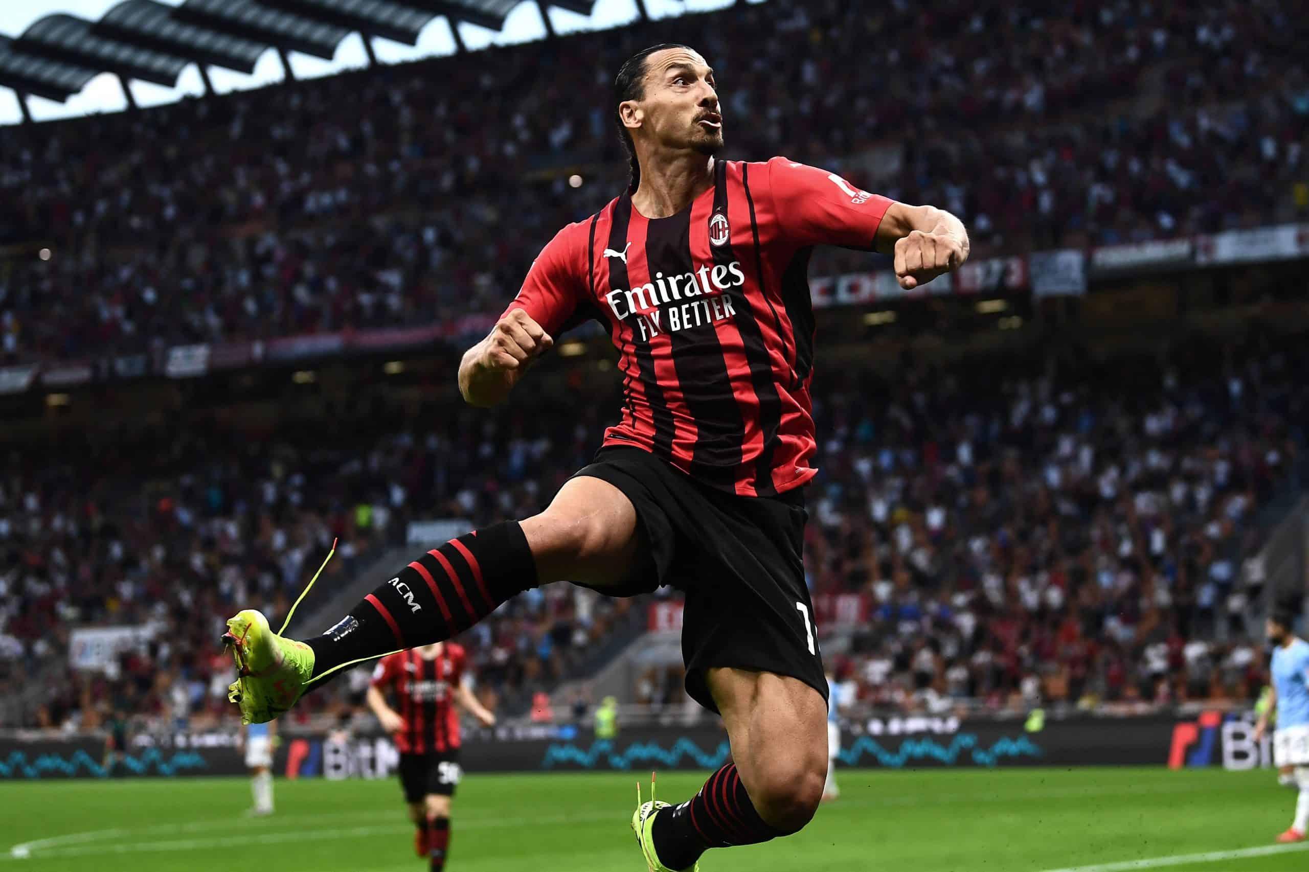 Zlatan regresa a Milan y anotó en 7 minutos en cancha