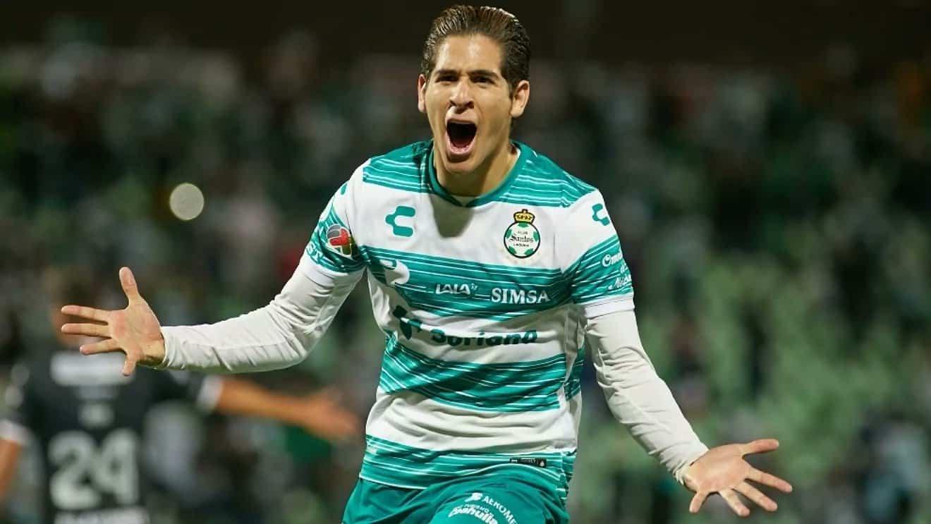 El mensaje de Muñoz tras fichar con New Castle United inglés
