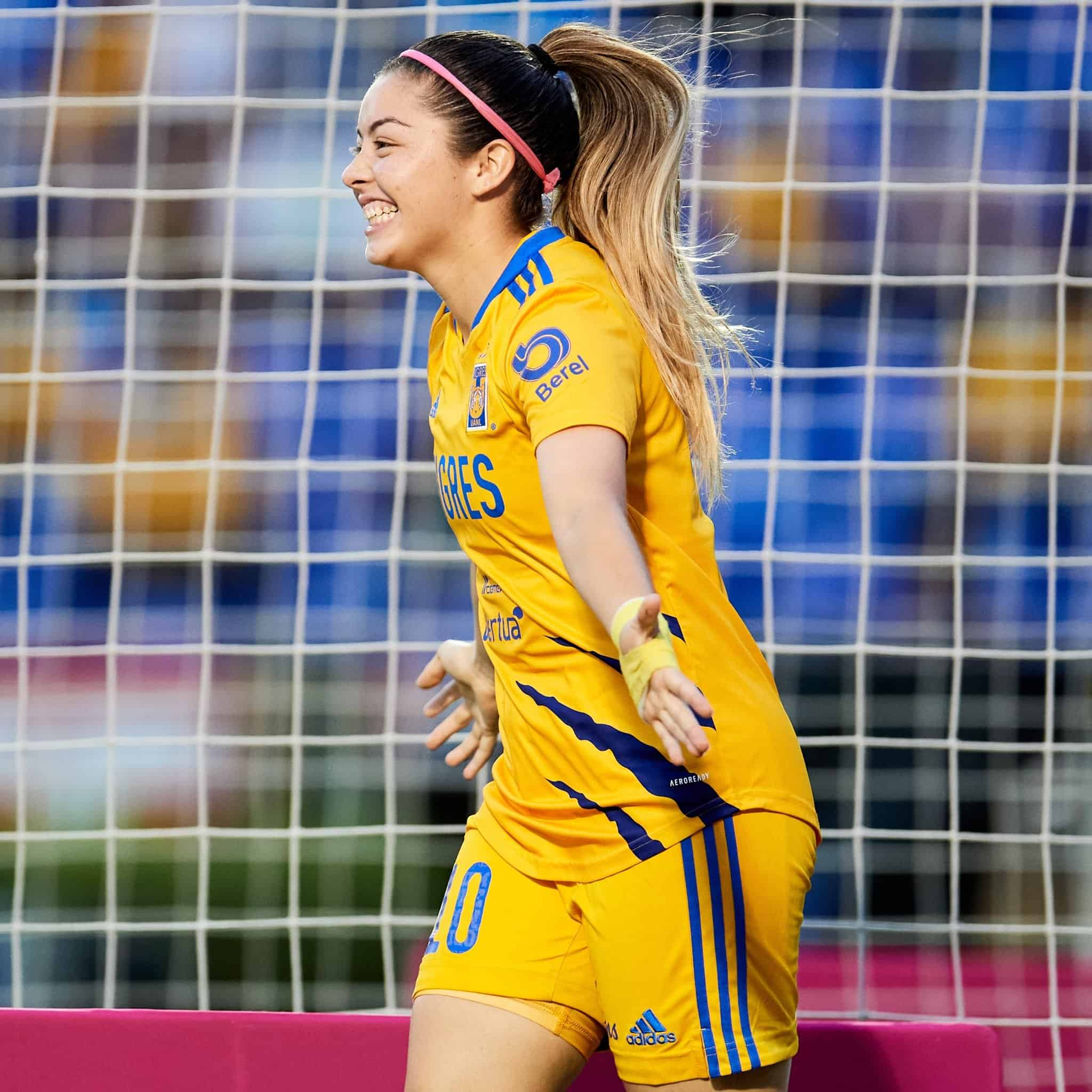 Tigres femenil llegó a 13 triunfos consecutivos, goleó 3-0 a Xolas