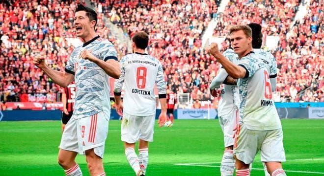 Bayer Múnich aplasta 5-1 al Leverkusen